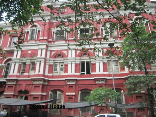 Old Raj buildings are the main features of Bibadibag, Kolkata.