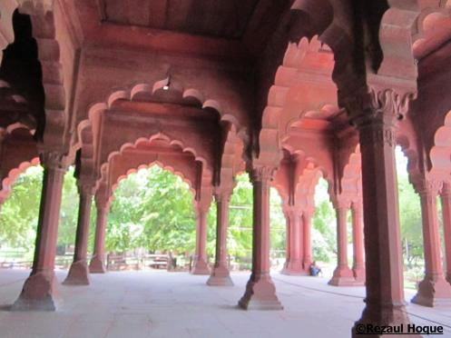 Diwan-i-Aam: here Shahjahan met his citizens