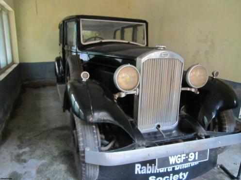 Tagore's Car